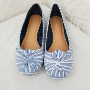 Nautica Blue and White Flats